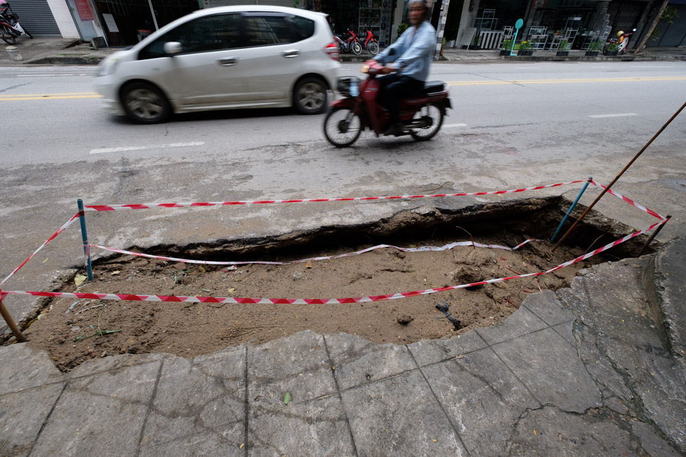 Just a sink hole, don't worry…