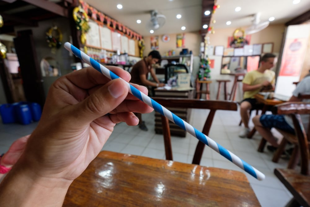Some effort was made in most of El Nido to reduce plastic waste, paper straws were used in most places