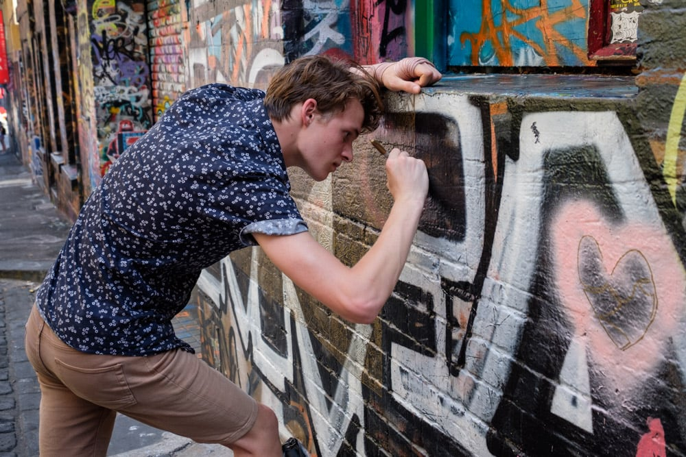 Watching a guy do his thing in Hosier lane, with just a sharpie