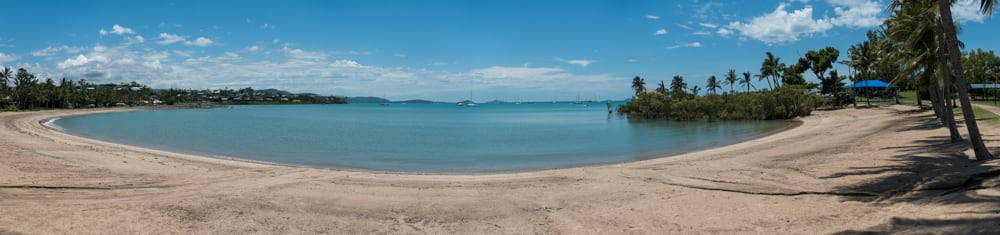 We stopped for lunch at the often recommended Airlie Beach